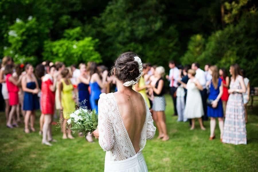 Wedding Bouquet Toss Ideas Alternatives The Wedding Blogger